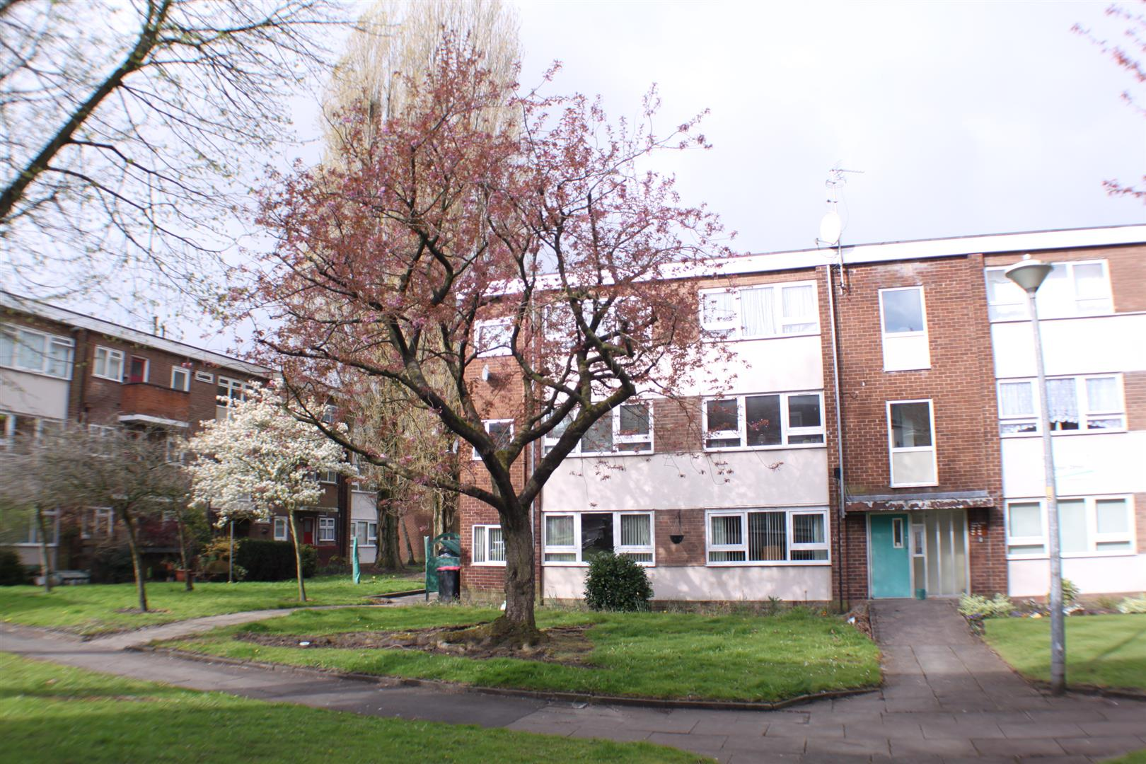 2 Bedrooms Flat for sale in Argosy Drive, Eccles, Manchester